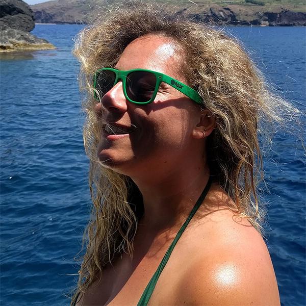 Giulia allo Scoglio del Medico a Ustica, sulla Profondo Blu Diving Boat
